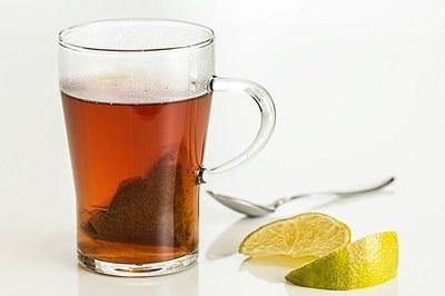 Tisana Ventre piatto Angelica, la bevanda giusta per combattere il gonfiore addominale