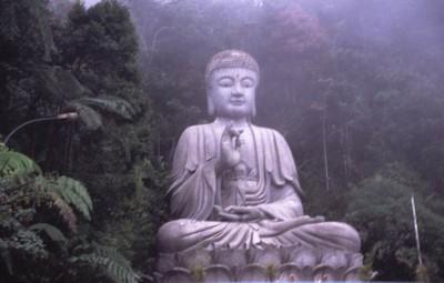 Perché il buddismo non è una religione