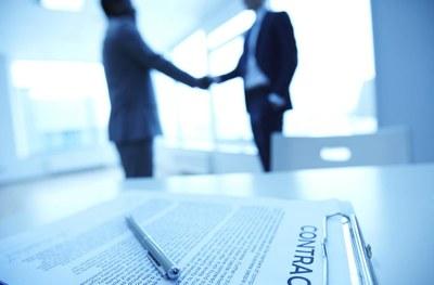 Affidati a pubbliche relazioni istituzionali per investire in Italia