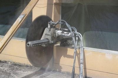 Taglio cemento armato con disco e con filo diamantato: Tep, gli esperti di demolizioni controllate